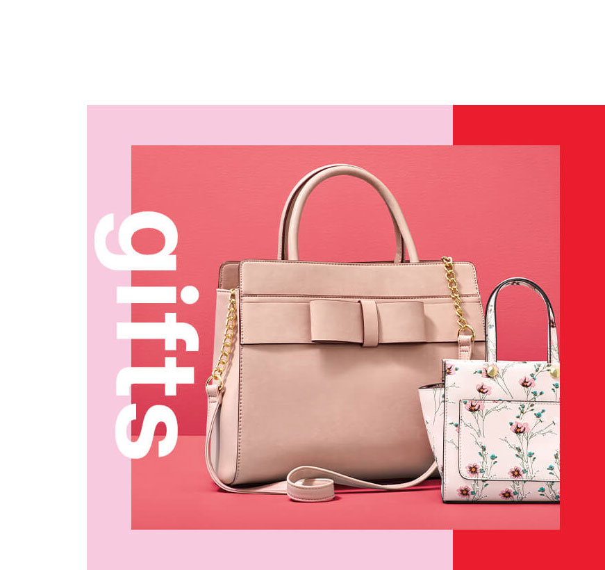 Gifts for Mom: Handbags